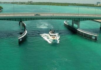 netflix and boat rentals