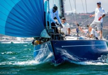 sailboat-charter