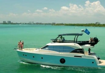 vacation yacht rentals