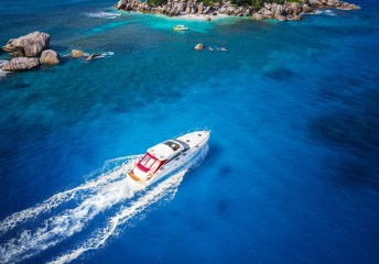 yacht rental experience
