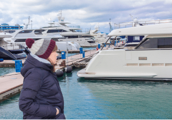 winter yacht party